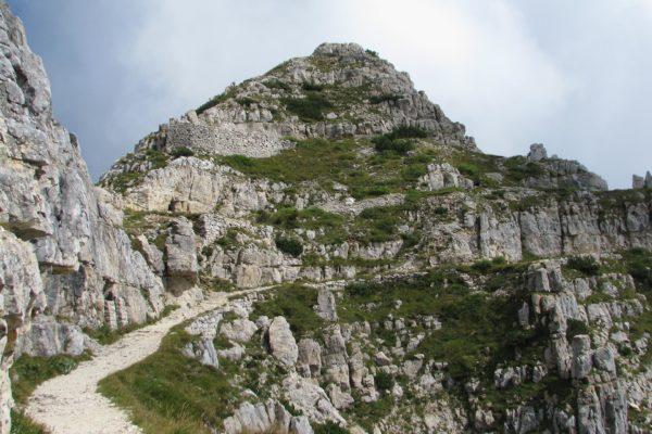 strada-52-gallerie-escursioni-valli-pasubio200