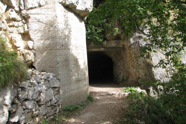 strada-52-gallerie-escursioni-valli-pasubio46